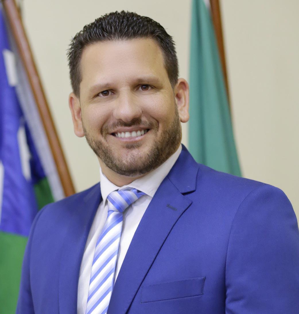 Sandro Leonardo de Oliveira